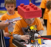 Host of DAR-Penn FLL Qualifying Event